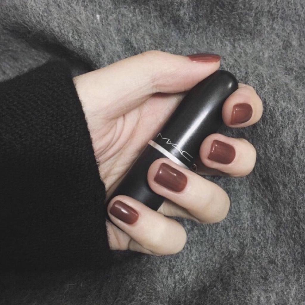 - 显白咖啡色(可换色)