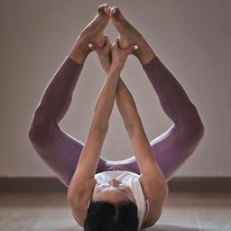 - 新手瑜伽入门