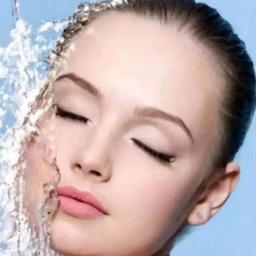 - 小气泡深层清洁祛黑头+深度补水