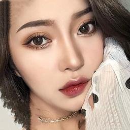 - 网红抖音同款主播爆款妆容+发型