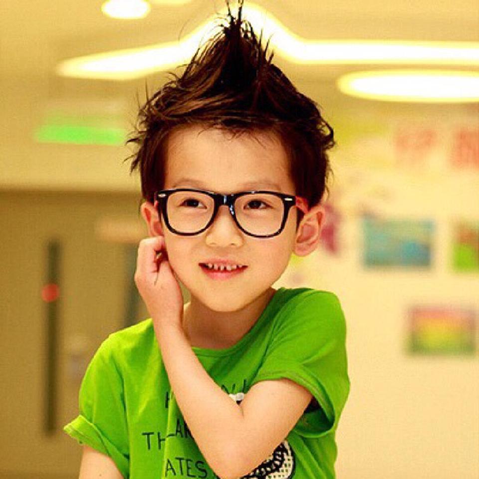 - 儿童剪发