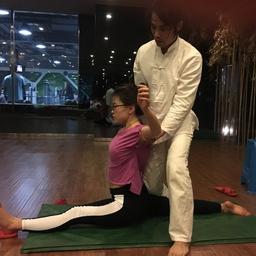 - 瑜伽劈叉三步曲