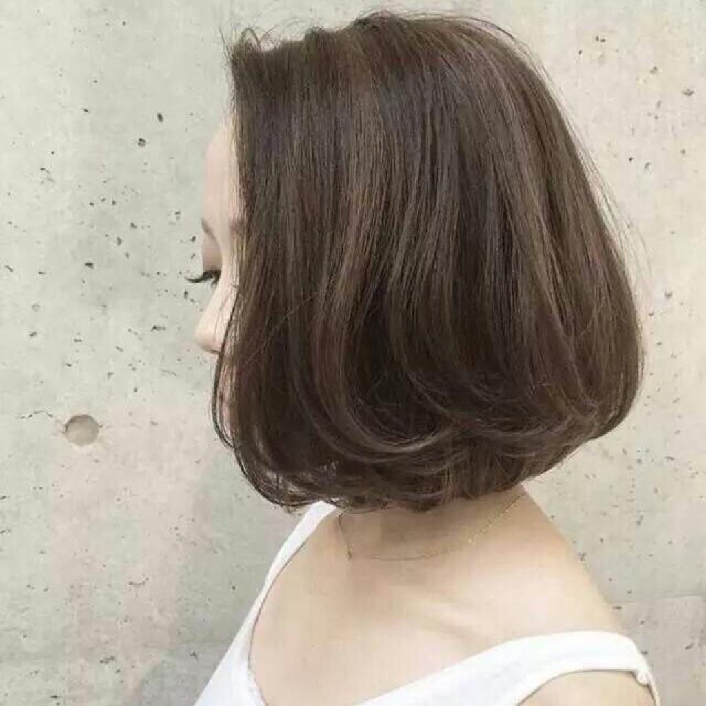 - 女士剪发