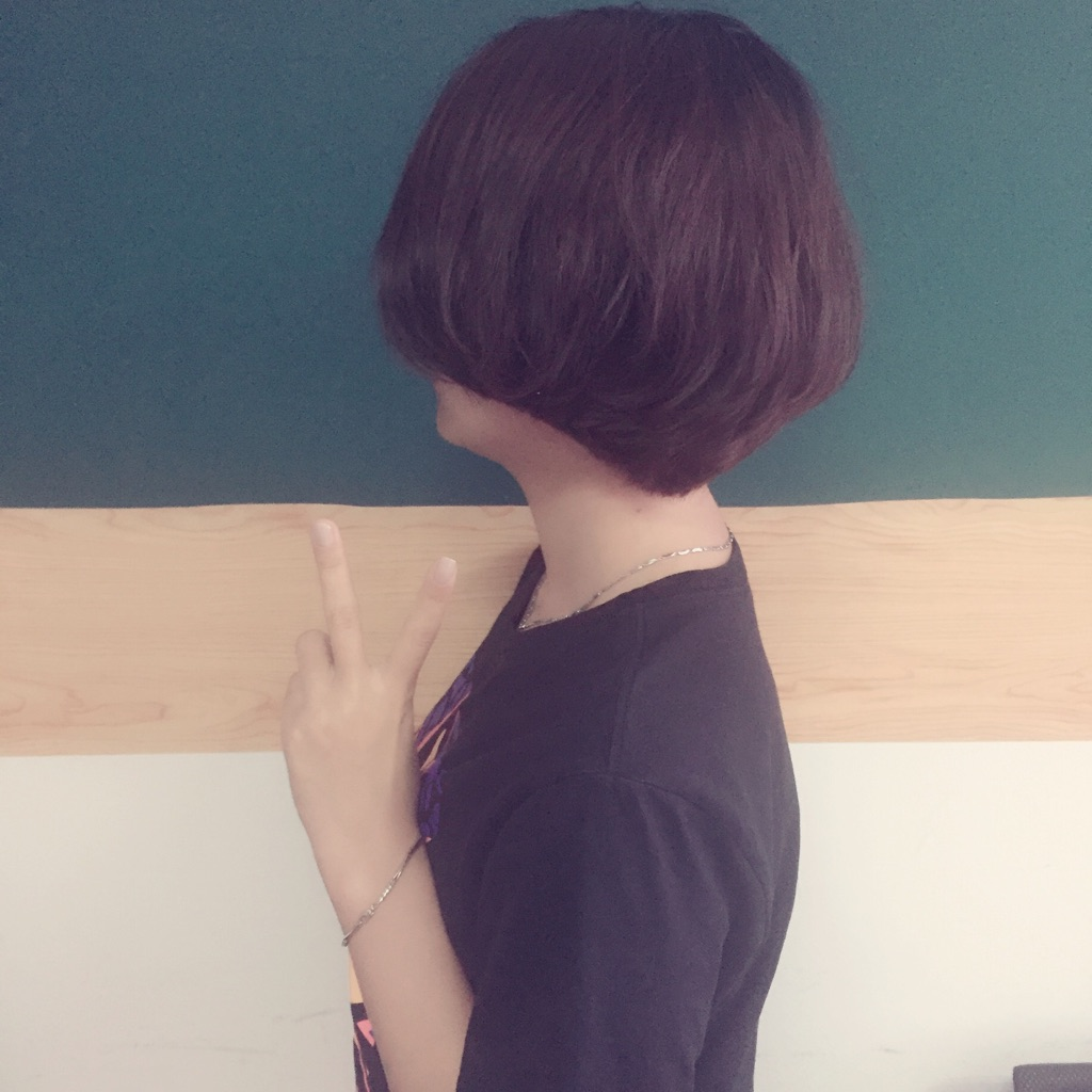 - 时尚剪发
