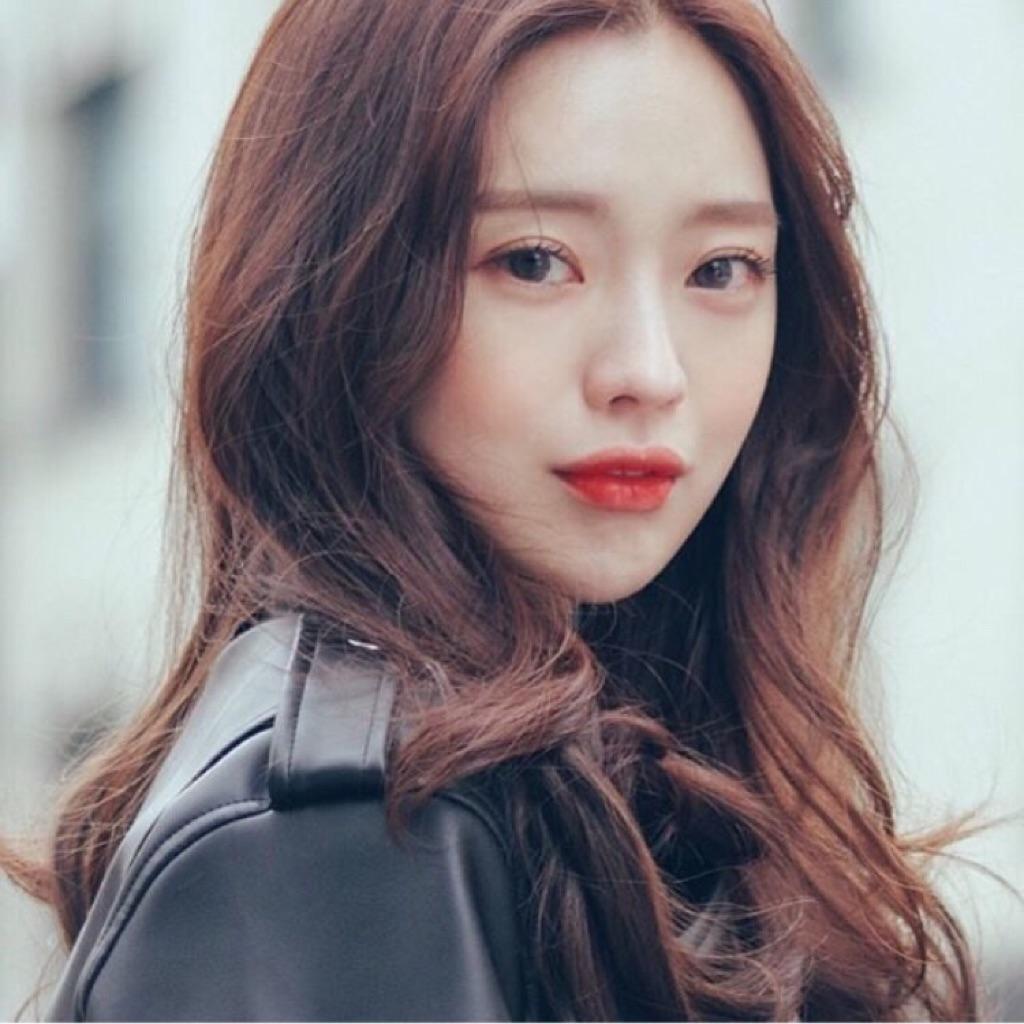 - 周年庆超值气质韩式女神妆+造型